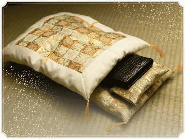 財布の布団は金運アップ効果が凄いと口コミで話題!ヒカキンや松居一代も愛用中!